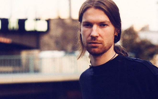 Aphex Twin – T17 Phase Out / tracks